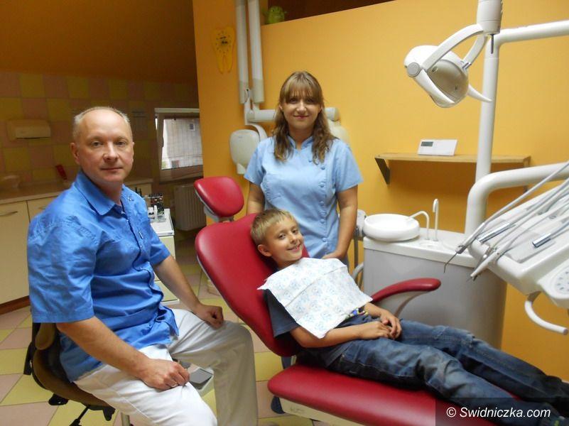 Strzegom: Program profilaktyki próchnicy i chorób jamy ustnej u dzieci ze szkół podstawowych w gminie Strzegom