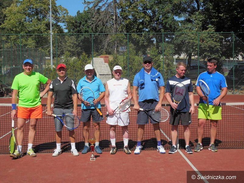 Strzegom: III Mistrzostwa Amatorów w Tenisie Ziemnym
