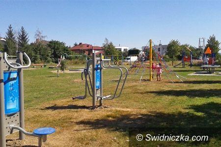 Świdnica: Nowa siłownia plenerowa i plac zabaw w Świdnicy