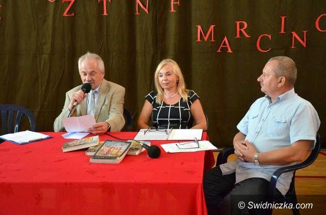 Marcinowice: Narodowe czytanie w Zespole Szkół w Marcinowicach