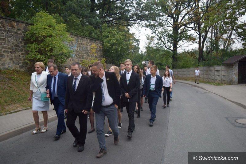 Świebodzice: Jubileusz 65–lecia Liceum Ogólnokształcącego im. Marii Konopnickiej w Świebodzicach