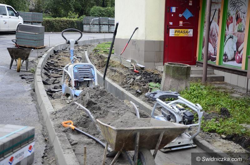 Żarów: Kolejne chodniki w remoncie w Żarowie