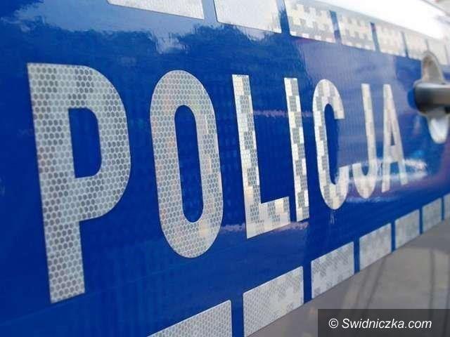 Dobromierz: Nowy samochód dla policji w Dobromierzu