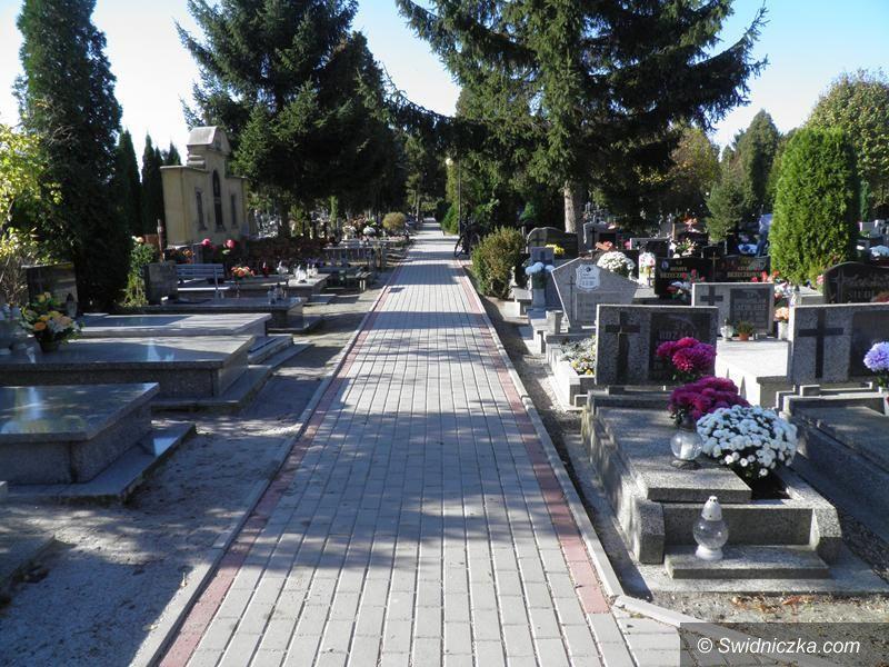 Żarów: Zmiana organizacji ruchu w rejonie cmentarza komunalnego w Żarowie