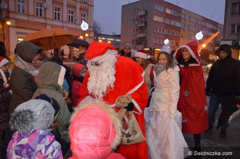 Strzegom: Św. Mikołaj odwiedził małych strzegomian
