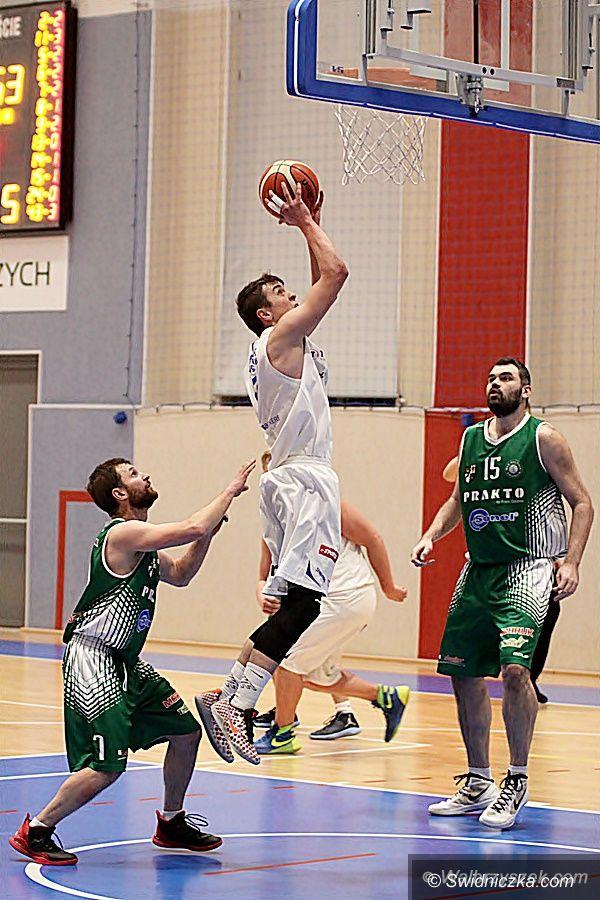 Świdnica: III liga koszykówki: Rezerwy Górnika lepsze od świdniczan