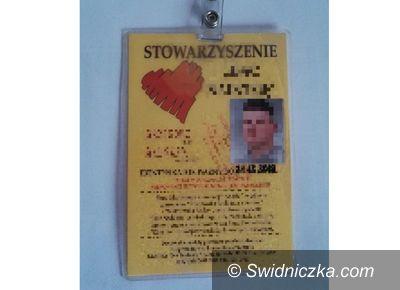 Strzegom: Fałszywy wolontariusz zatrzymany na terenie Strzegomia,