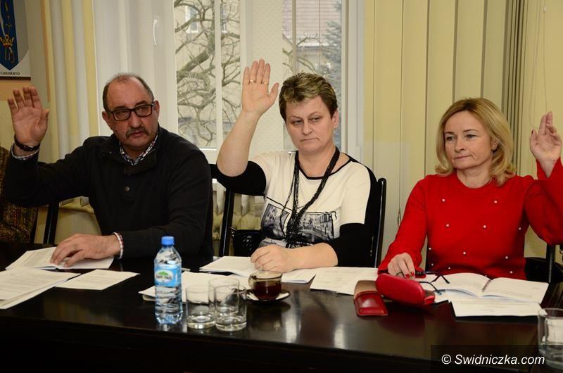 Żarów: Przyjęto nową sieć szkół w gminie Żarów