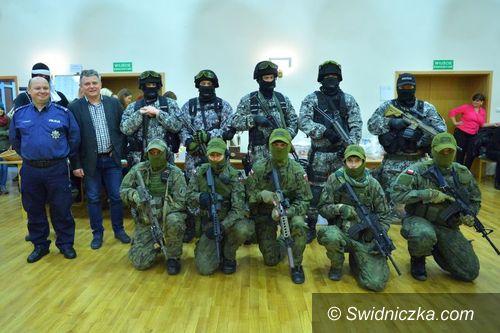 Świdnica: Świdniccy policjanci ponownie zaangażowani w akcję charytatywną