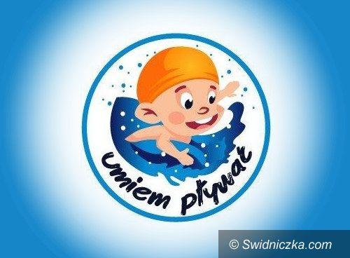 Dobromierz: Nauczą się pływać
