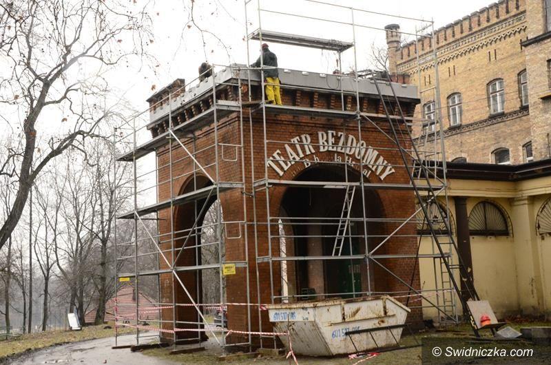 Żarów: Dach do remontu