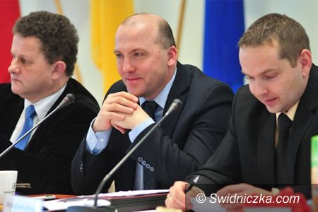 Świdnica: Zaproszenie na XXXI sesję Rady Miejskiej w Świdnicy