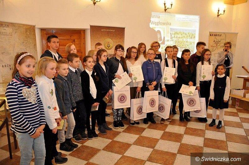 powiat świdnicki: Finał regionalnego konkursu edukacyjnego