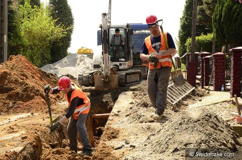 Łażany: Ruszyła budowa kanalizacji w Łażanach