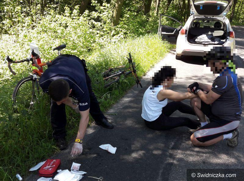 Świdnica: Spadła z roweru uderzając głową w jezdnię