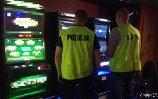powiat świdnicki: Zabezpieczyli nielegalne automaty do gier