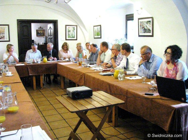 Szczepanów: Spotkanie szefów gmin w gminie Marcinowice