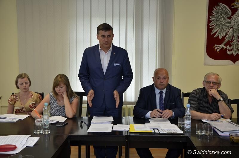 Żarów: Burmistrz Żarowa z absolutorium