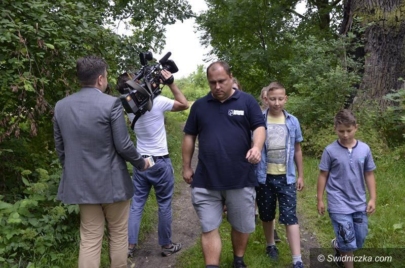 Żarów: Telewizja Polsat na tropie dziecięcego skarbu w Żarowie
