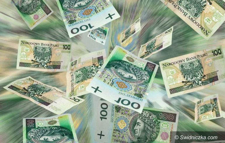 Świebodzice: Zmiany w budżecie i nowa ulica
