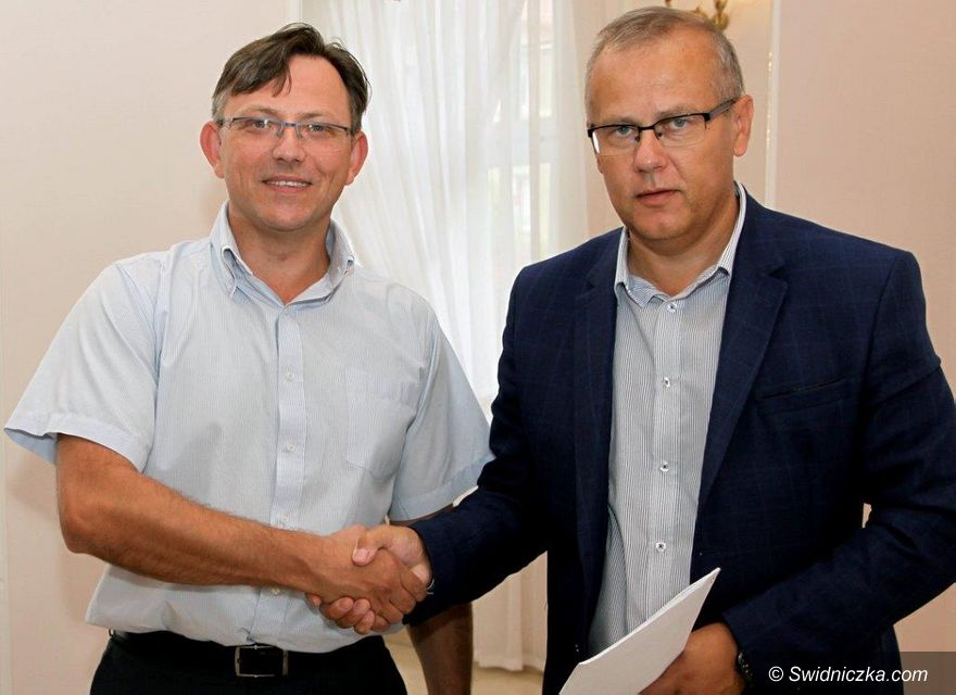 Gmina Dobromierz: Umowa na budowę kanalizacji podpisana