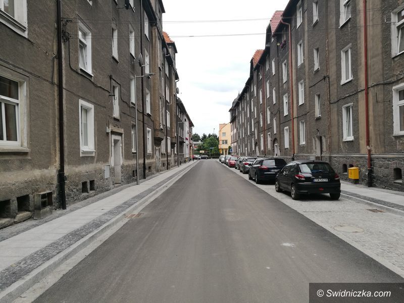 Świdnica: Przy ulicy Siennej zniknęły piece węglowe
