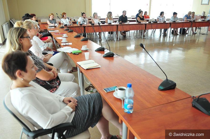 Świebodzice: Szkolenia dla organizacji pozarządowych