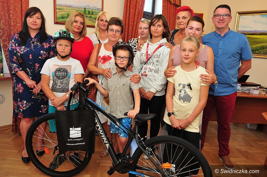 Świdnica: Już pięć rowerów otrzymały świdnickie dzieci