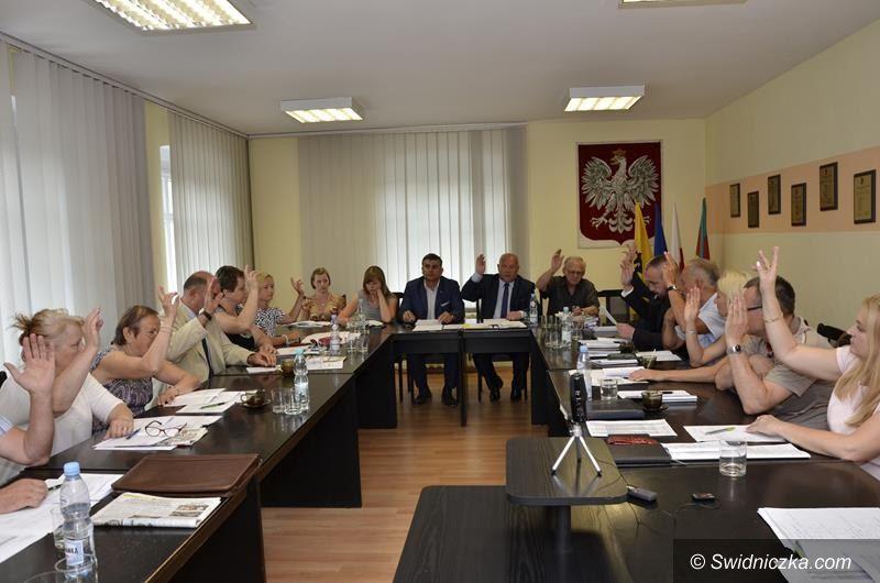 Żarów: Sesja Rady Miejskiej w Żarowie