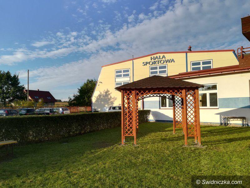 Marcinowice: Powstaje szkolny ogródek dydaktyczny