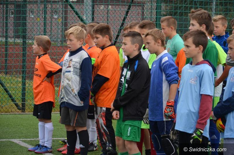 Stanowice: Piłkarze z Jaroszowa najlepsi w Stanowicach