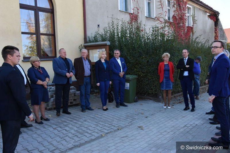 powiat świdnicki: Zakończenie drugie etapu remontu drogi Boleścin – Krzczonów