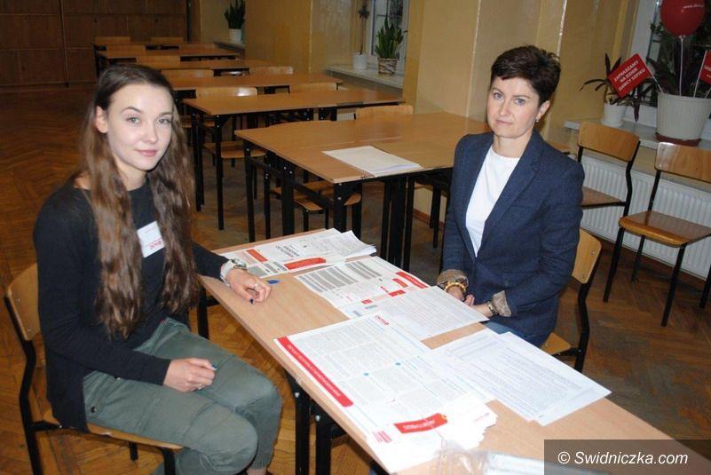 Świdnica: W Zespole Szkół Ekonomicznych w Świdnicy zakończyła się #dolnośląska komórkomania