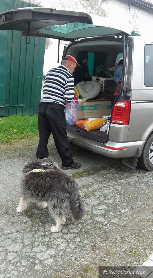 Świebodzice: Ponad 200 kg karmy dla Gilowa od Świebodzic