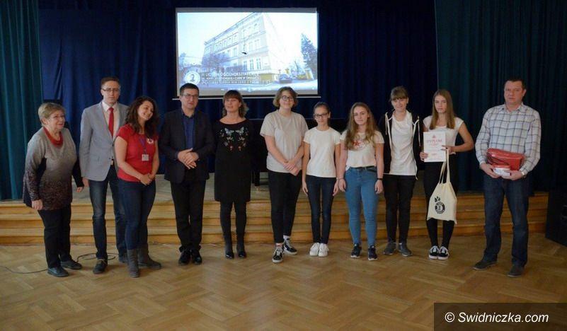 Świdnica: VII Mistrzostwa Pierwszej Pomocy PCK dla klas gimnazjalnych