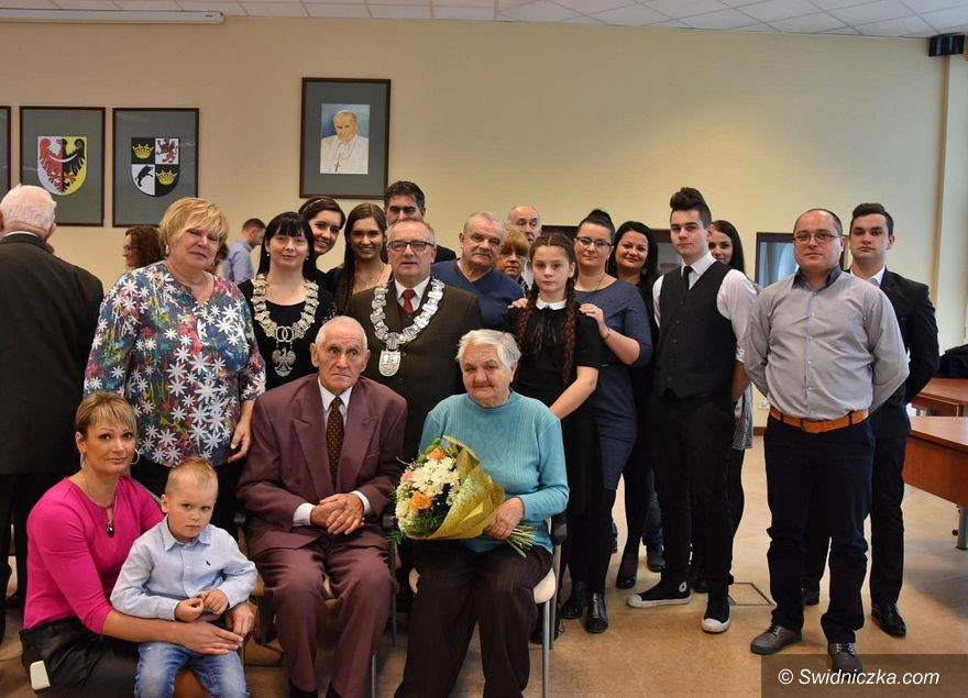 Mokrzeszów: Diamentowe gody Państwa Dziakowicz