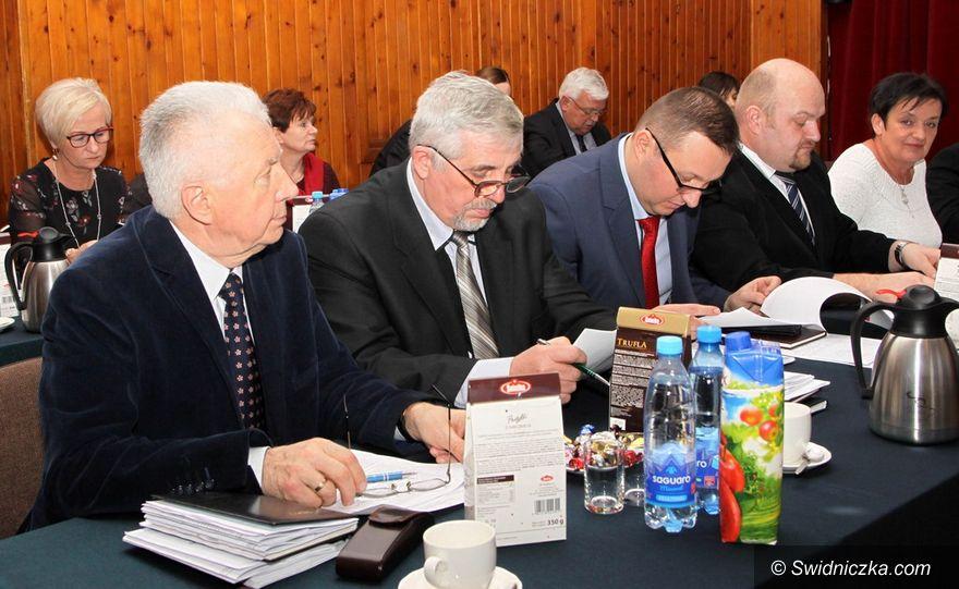 Gmina Dobromierz: Dobromierz inwestuje – budżet na rok 2018 przyjęty jednogłośnie