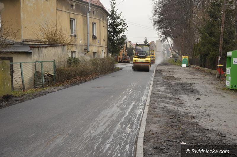 Łażany: Drogi w Łażanach z nową nawierzchnią asfaltową