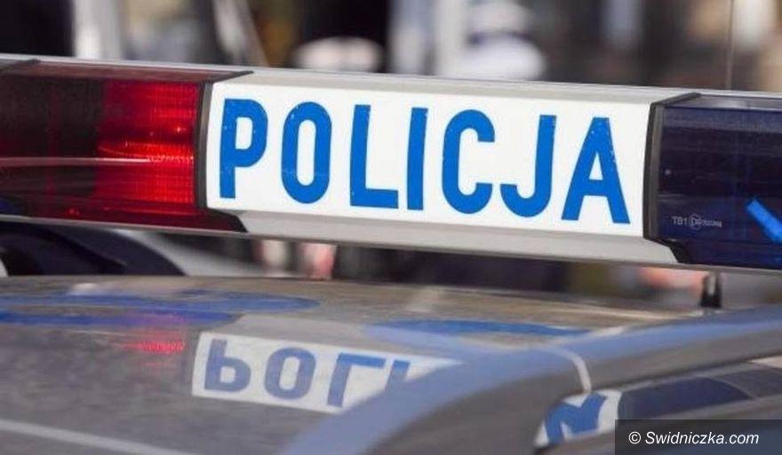 Gmina Żarów: Cyganki okradły kobietę w jej własnym domu