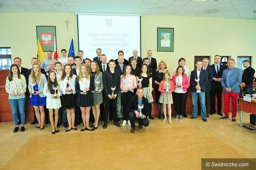 Świdnica: Ruszył nabór wniosków na nagrody dla sportowców