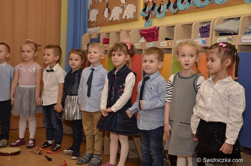 Żarów: Dzień Babci i Dziadka w Bajkowym Przedszkolu