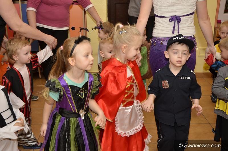 Żarów: Zabawa karnawałowa przedszkolaków