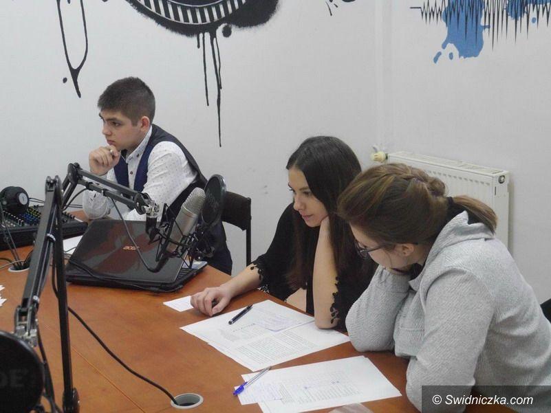 Strzegom: Warsztaty dziennikarskie w strzegomskim LO