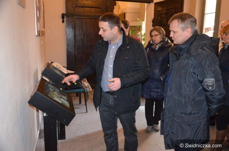 """Strzegom: Trwają prace związane z realizacją projektu """"Szlak Kamienia"""""""