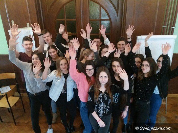 """Świdnica: Edukacyjny projekt """"ekonomika"""""""