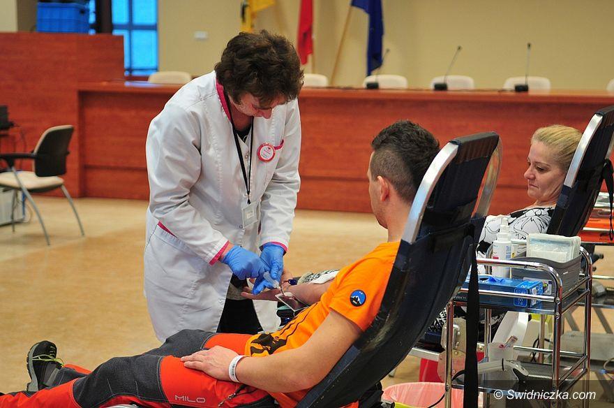 Świdnica: Krew można oddać w Urzędzie Miejskim w Świdnicy  w każdy pierwszy poniedziałek miesiąca
