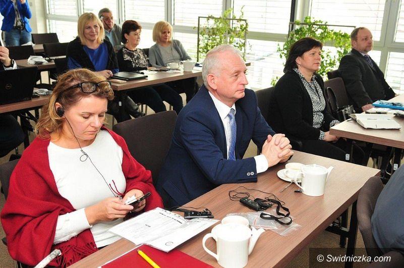 Świdnica/powiat świdnicki: Konferencja w czeskim Trutnovie
