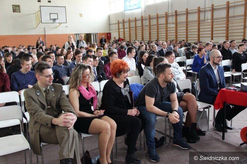 Świdnica: XV Festiwal Nauki w Zespole Szkól Mechanicznych