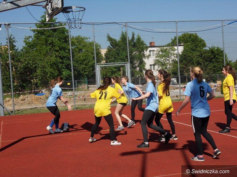 Jaroszów: Triumf jaroszowskich drużyn w STREETBALLU