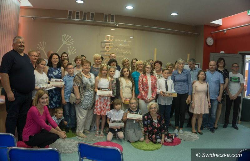 Świebodzice: Nagroda GRAND PRIX w konkursie literackim dla uczennicy świebodzickiego LO